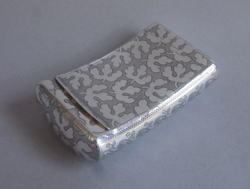 A very fine & unusual George III Snuff Box made in Birmingham in 1809 by Samuel Pemberton
