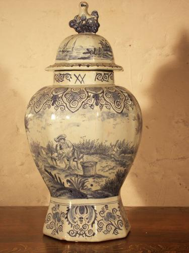 A 19th century, Dutch delftware vase and cover