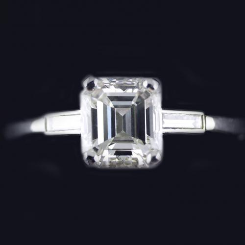 Platinum Art Deco Diamond Ring Circa 1930