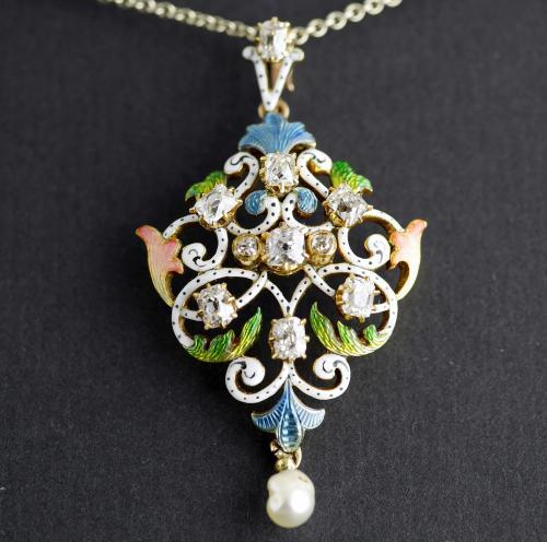 18ct Guilloché Enamel, Diamond, Pearl, Art Nouveau Pendant circa 1900