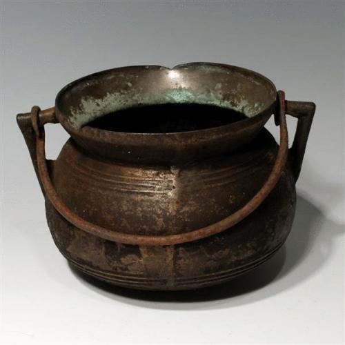 17th Century Bronze Cooking Pot