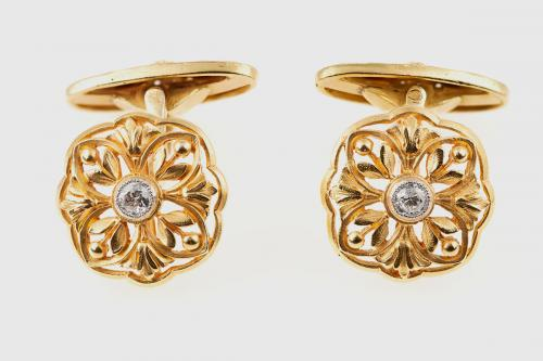 Antique Cufflinks in 18 Karat Gold Floral Openwork & Central Diamond, French circa 1890