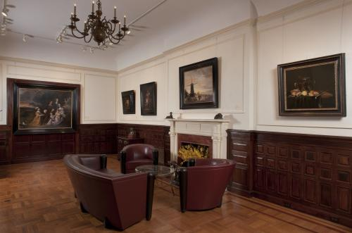 BADA Lawrence Steigrad Fine Arts