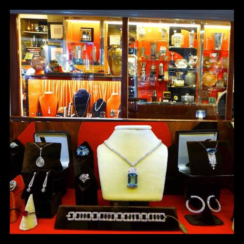 Selection of Art Deco Period Jewellery