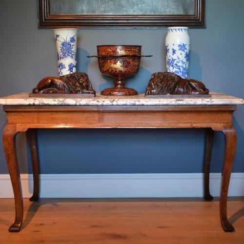 Robert Bradley Antiques