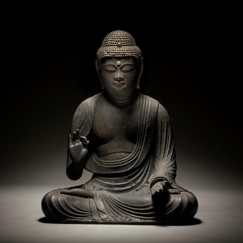 A monumental gilt-wood figure of Amida Buddha, Japan 11th/12th century