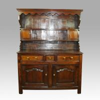 Oak Welsh Dresser of small size