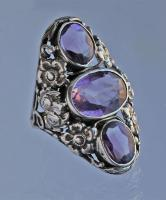 AMERICAN ARTS & CRAFTS (1890-1916) Floral Ring